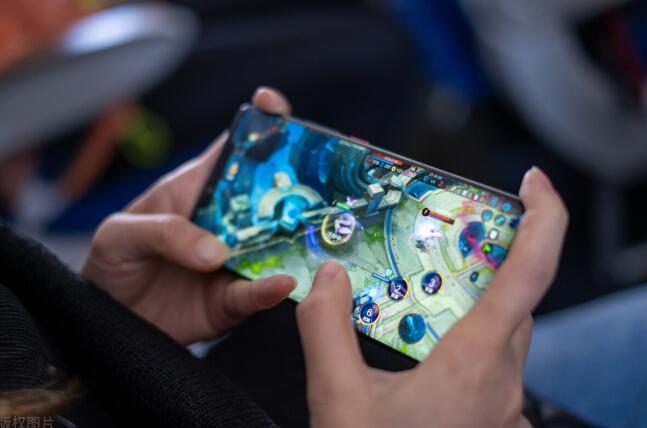 2021年骁龙865的手机还值得买吗(看完才做决定)