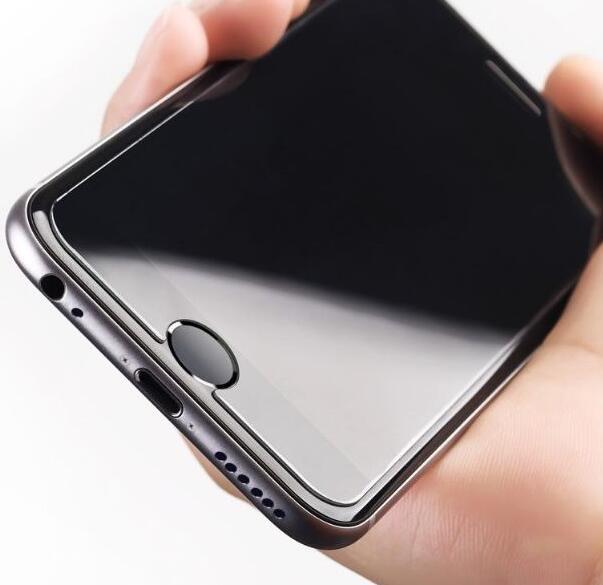 现在手机屏幕都这么好,为什么还要贴膜
