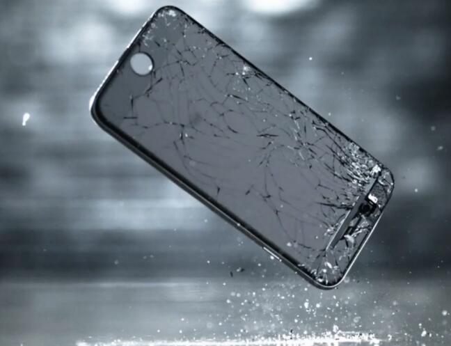 为什么手机屏幕的维修费用各不相同