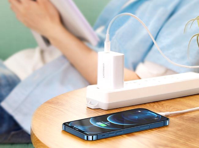 iphone12充电器如何选择(充电器推荐)