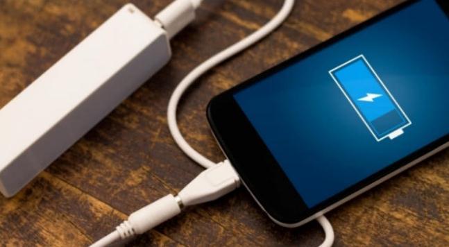 手机电池容量小,续航就一定好吗?