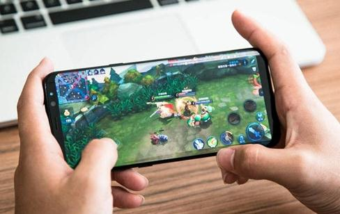 手机玩游戏卡顿怎么办(三个解决办法)