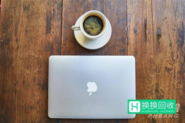新MacBookpro有什么新消息(小道消息)
